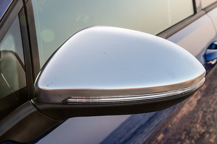VW Golf R DSG 310 PS mirror